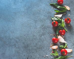 preparation for tomato sauce. italian.