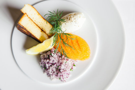 Whitefish roe with trimmings