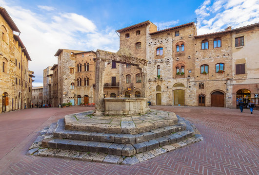 San Gimignano (Italy) - The famous small walled medieval hill town in the province of Siena, Tuscany. Known as the Town of Fine Towers, or the Medieval Manhattan. Here the awesome historic center.