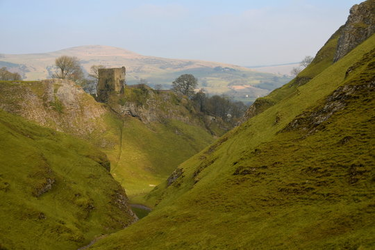 Peveril Castle, a ruined 11th-century castle overlooking the village of Castleton in the English county of Derbyshire