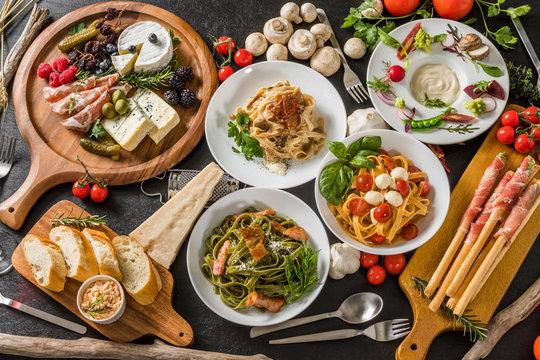イタリアンパスタ Fettuccine pasta Italian cuisine
