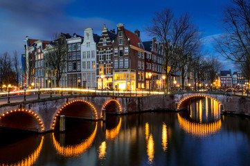 Deurstickers Amsterdam Amsterdam Canal at Blue Hour