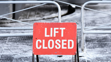 Ski lift closed sign