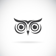 Aluminium Prints Owls cartoon Vector of an owl face design on white background. Bird logo. Wild Animals. Easy editable layered vector illustration.