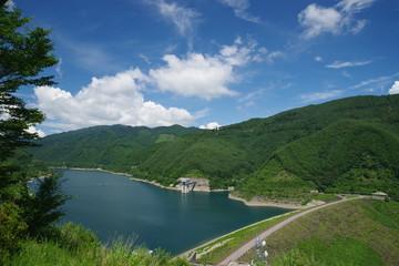 味噌川ダムと奥木曽湖