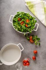 Lamb lettuce salad, tomatoes and herbs