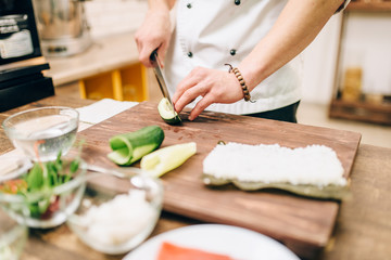 Sushi preparation process, japanese cuisine