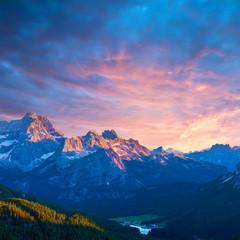 słynny włoski park narodowy Tre Cime di Lavaredo. Dolomity, Południowy Tyrol. Auronzo