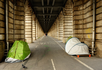Homeless camping in Paris