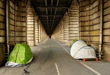 Homeless camping in Paris