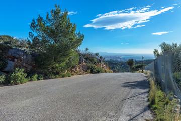 Straße bergab nach Palma
