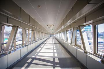 Clean pedistrian tunnel