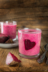 Healthy Beetroot Smoothie for Breakfast