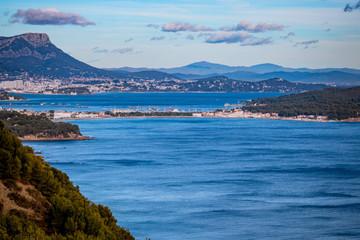 Vue de la côte depuis la Route Forestière sur la Corniche Varoise