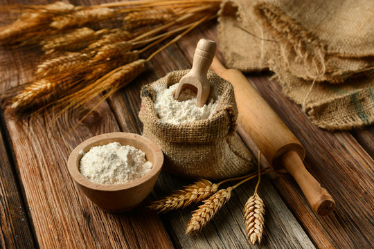 ears of wheat and white flour