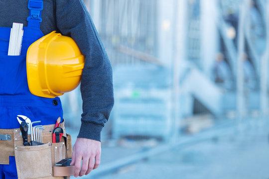 Handwerker, Arbeiter mit Werkzeug
