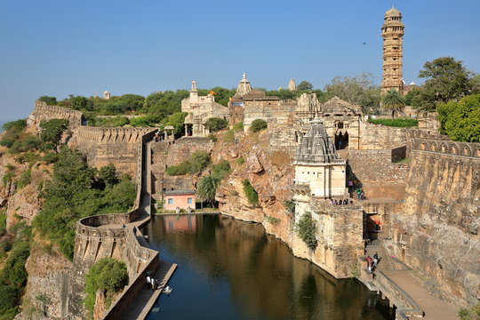 General view of Chittorgarh Fort (Garh) with the Tower of Victory, the ramparts and Hindu temples,  Chittorgarh, Rajasthan, India