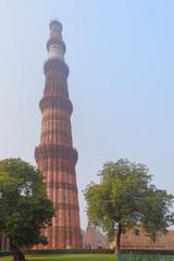 Qutub Minar and its Monuments, Delhi.  クトゥブ・ミナールとその建造物群