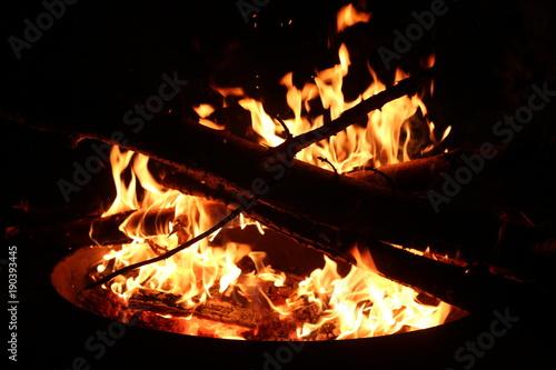 Brennende Feuerschale Stockfotos Und Lizenzfreie Bilder Auf Fotolia