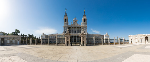 Almudena Cathedral - External view