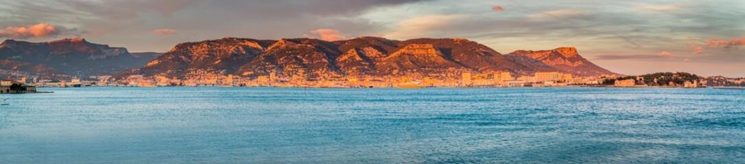 Panorama de la rade de Toulon depuis le Fort Balaguier à La Seyne-sur-Mer