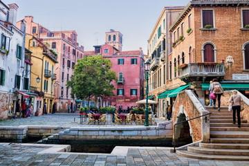 Venedig, Piazza am Kanal