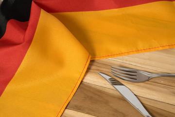 Flagge von Deutschland, Messer und Gabel