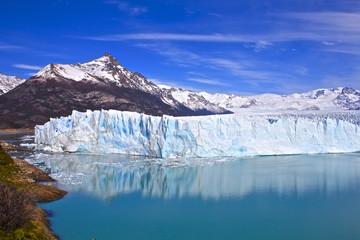 Photo sur Plexiglas Glaciers 【アルゼンチンの世界遺産】ロス・グラシアレス国立公園のペリト・モレノ氷河