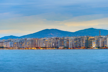 Fototapete - Thessaloniki waterfront skyline, Greece