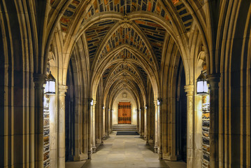 Arches in collegiate gothic style.