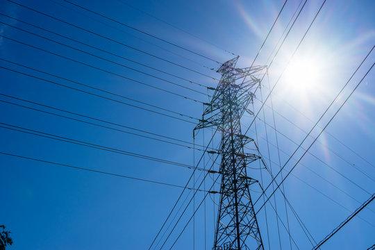 高圧送電線用鉄塔