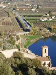 Castillo de Miravet en Cataluña, España. en la provincia de Tarragona, en la comarca de Ribera de Ebro