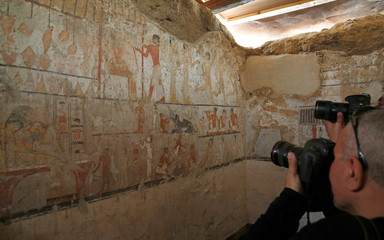 "Media cover the discovery tomb of a priestess named ""Hetpet"" belonging to a fifth dynasty in Old Kingdom at the Giza plateau on the outskirts of Cairo"