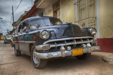 Fotorolgordijn Cubaanse oldtimers Classic Car, Cienfuegos, Cuba