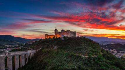 Fotorolgordijn Kasteel Stunning castle in Spoleto at sunset, Italy, Umbria
