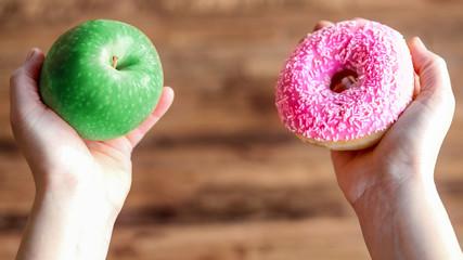 choisir entre la pomme et le donut