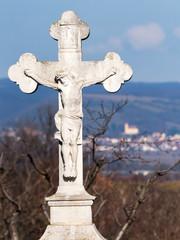 Jesus mit Kreuz dahinter Kirche von Donnerskirchen