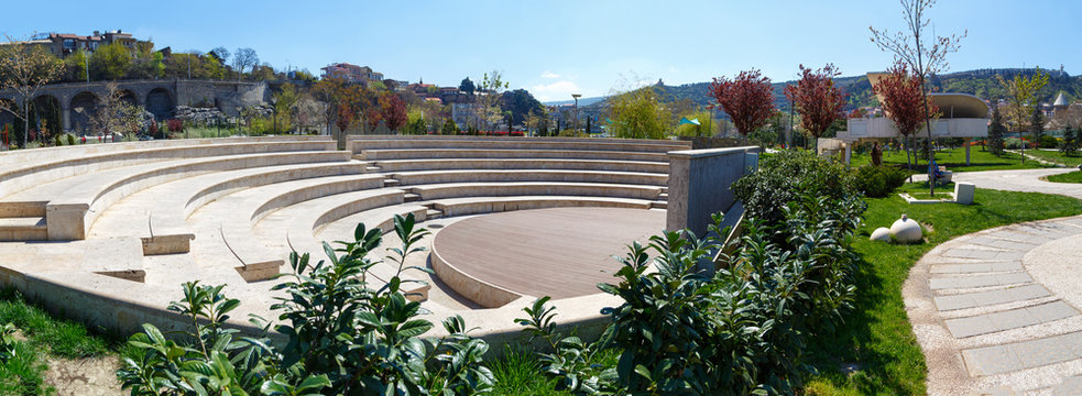 scene of an amphitheater in the open air