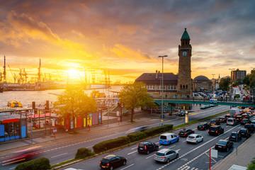 Hamburg Sonnenuntergang bei den Landungsbrücken