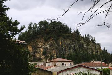 Montagne et Toits.