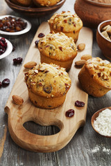 Muffins with dried fruits