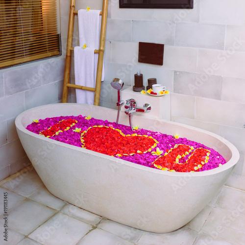 Very Beautiful Flower Bathrprisingly Beautiful Bath Filled With