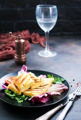 salad with halloumi