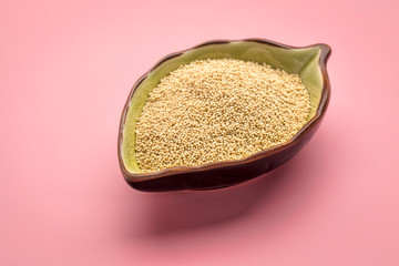 amaranth grain in ceramic bowl