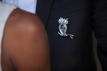 Détail des mariés lors d'une séance photo