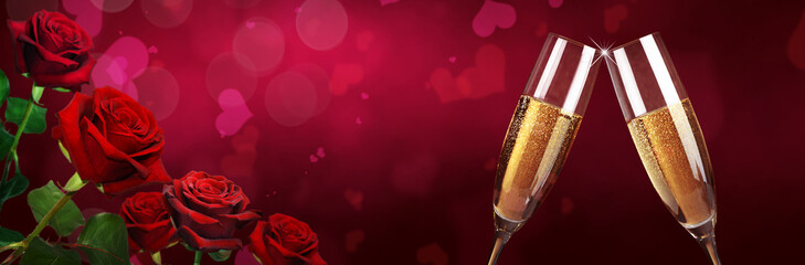 Rosen zum Valentinstag mit Sekt