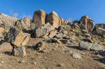 Felslandschaft in der Wüste Gobi in der Mongolei
