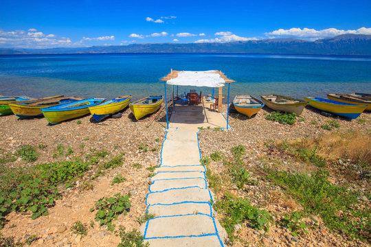 Paillote au bord du Lac d'Ohrid, albanie, en face de la Macédoine. Près du village de Lin.
