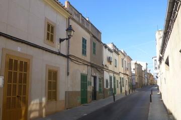 Calle de Felanich o Felanitx,ciudad de Mallorca en la Islas Baleares, España,en la comarca del Migjorn con Santanyí, Campos, Porreras, Villafranca de Bonany y Manacor