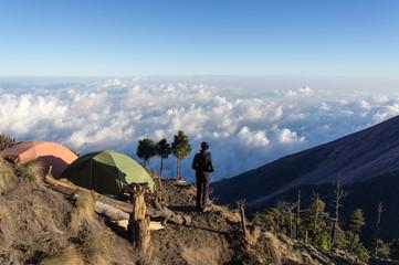 Camping sur le volcan Acatenango, Guatemala